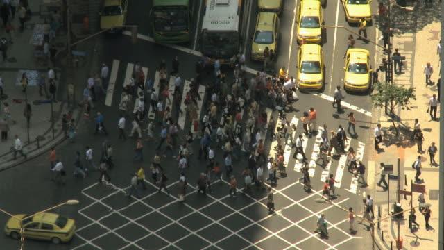 MS, HA, Busy street intersection, Rio de Janeiro, Brazil