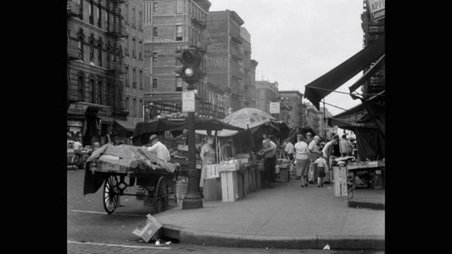 busy street market, lower east side, new york city, new york state, usa - lower east side bildbanksvideor och videomaterial från bakom kulisserna