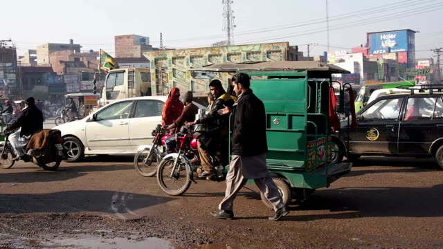 busy traffic in lahore - lahore pakistan stock videos & royalty-free footage