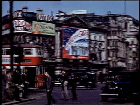 busy traffic in piccadilly circus / london england united kingdom - commercial sign stock videos & royalty-free footage