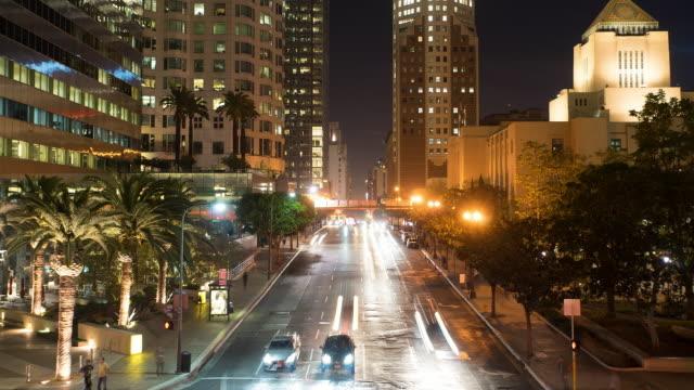 渋滞モダンな街の夜のロサンゼルス、低速度撮影、4 K
