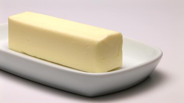 vídeos y material grabado en eventos de stock de butter - mantequera vajilla