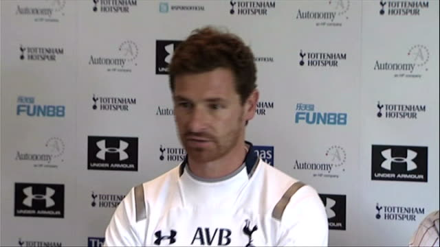buying and selling on last day of transfer window 30812 chigwell ext tottenham players training on pitch andre villasboas press conference sot i... - transfer stock videos and b-roll footage