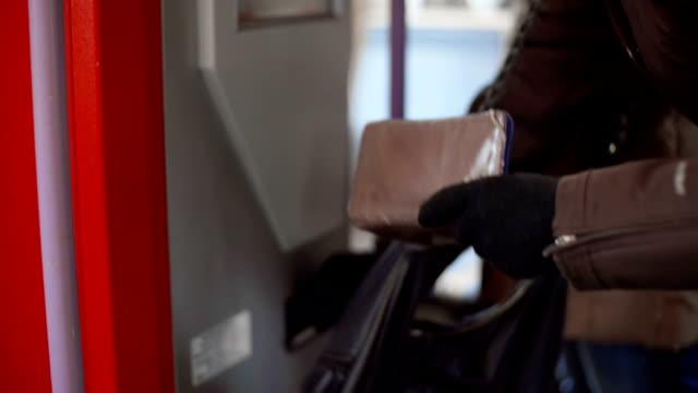 kauf train ticket - fahrkarte oder eintrittskarte stock-videos und b-roll-filmmaterial