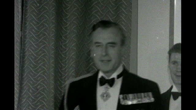 b/w lord mountbatten presenting trophies at function freeze frame - フリーズフレーム点の映像素材/bロール
