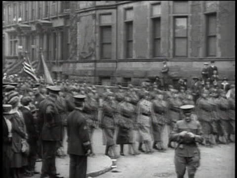wnational league of women's service marching in wwi parade / united states - military recruit stock videos & royalty-free footage
