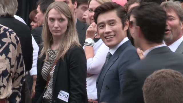 byunghun lee arrives at the red 2 premiere at westwood village in los angeles 07/11/13 - westwood village stock-videos und b-roll-filmmaterial