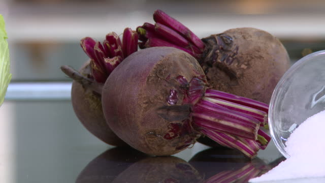 cabbage and beetroot salad - crucifers stock videos & royalty-free footage