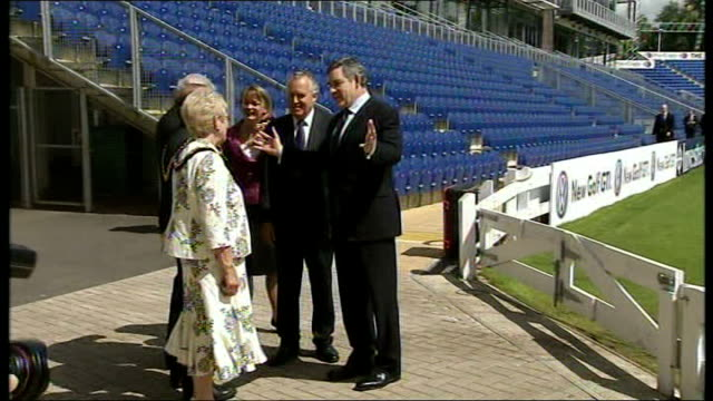 cabinet arrivals at glamorgan cricket ground wales cardiff ext jack straw mp along / gordon brown mp along with yvette cooper then greeting peter... - douglas alexander stock videos & royalty-free footage