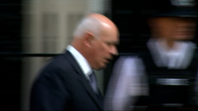 london downing street ext arrivals at number 10 for cabinet meeting includingtransport secretary patrick mcloughlin mp / ken clarke mp in car / iain... - patrick mcloughlin stock videos and b-roll footage