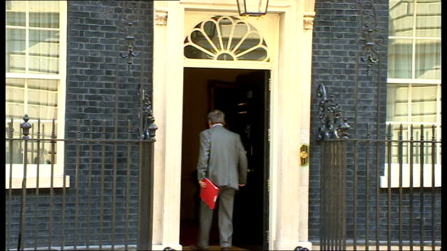 london downing street ext eric pickles mp arriving at no10 / kenneth clarke mp arriving / david willetts mp arriving / sir george young mp arriving /... - sir george young politician stock videos and b-roll footage