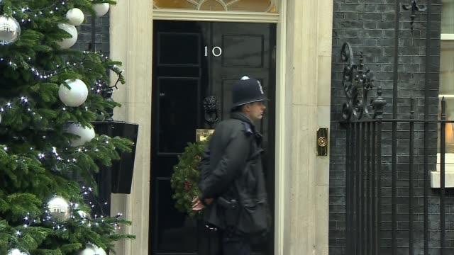 vídeos y material grabado en eventos de stock de cabinet arrivals; england: london: downing street: ext greg clark mp / sajid javid mp / liz truss mp / james brokenshire mp / damian green mp /... - greg james