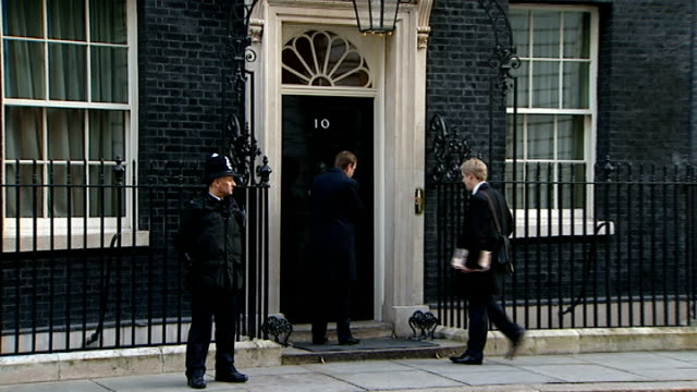 stockvideo's en b-roll-footage met london downing street ext number 10 arrivals for cabinet meeting includes grant shapps mp justine greening mp followed by sir george young mp david... - downing street