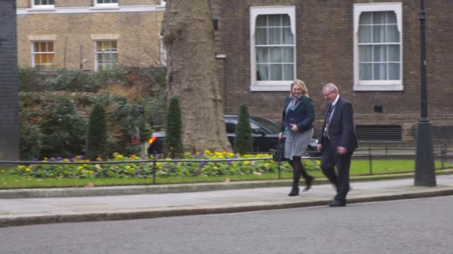 london westminster downing street ext alun cairns mp arriving / damian hinds mp arriving / karen bradley mp arriving with unidentified man / sajid... - damian hinds stock videos and b-roll footage