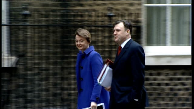 cabinet arrivals; paul murphy mp along and into no10 / ed balls mp and yvette cooper mp along together and into no10 / john denham mp along and into... - cabinet member stock videos & royalty-free footage