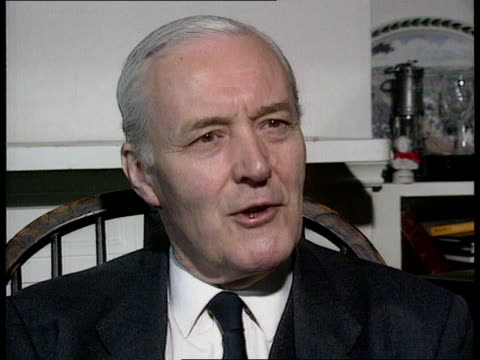 stockvideo's en b-roll-footage met secrecy ended; present/int london cms tony benn intvwd sof - cabinet members were bound by committee decisions - tony benn