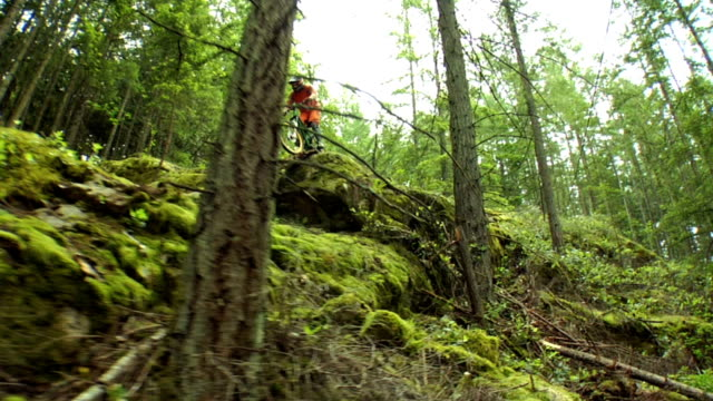 cable cam of a mountain biker - mountain biking stock videos & royalty-free footage