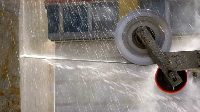 Cable is  cutting marble in marble factory