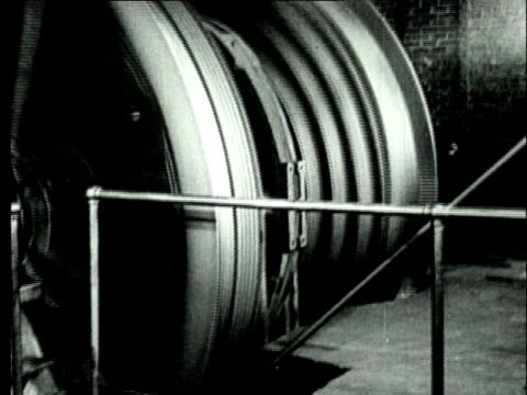 1927 B/W MS Cables controlling mine shaft elevator/ Pennsylvania, USA