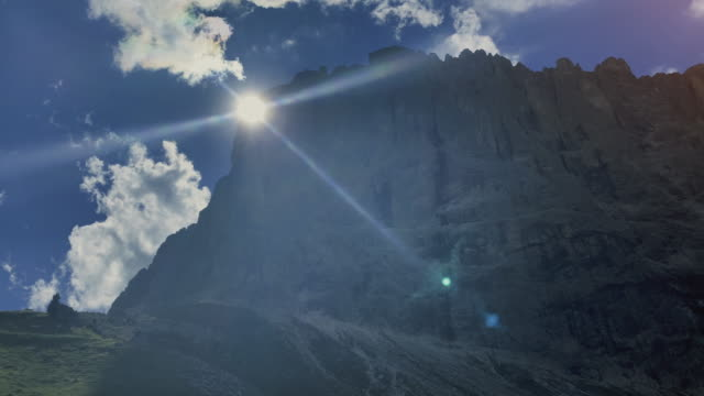 cableway on the dolomites: views of the mountains of val gardena - val gardena video stock e b–roll