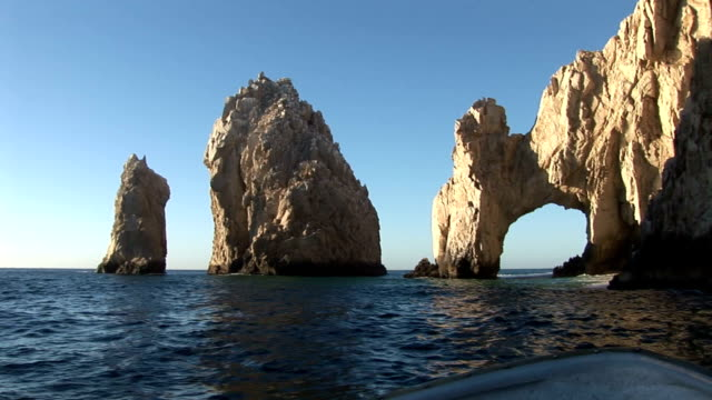 cabo san lucas rock arch - natural arch stock videos & royalty-free footage
