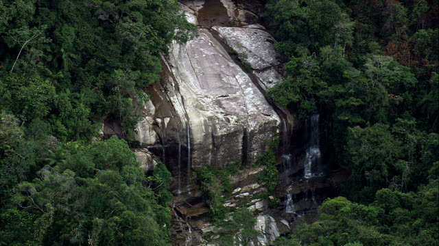 cachoeira da escada - aerial view - são paulo,ubatuba,brazil - escada stock videos & royalty-free footage