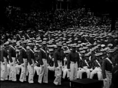 cadets in line to receive diplomas in graduation ceremonies / west point, ny / docu. - ウェストポイント点の映像素材/bロール