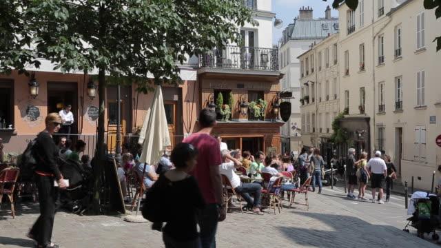 cafe, montmartre, paris, france, europe - ile de france stock videos and b-roll footage
