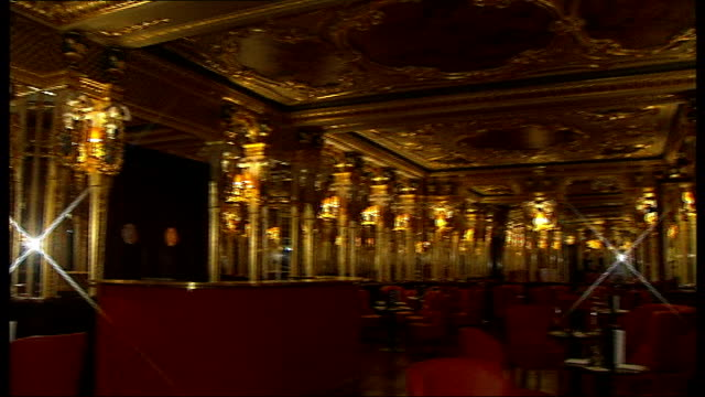 vídeos y material grabado en eventos de stock de cafe royal converted into hotel day entrance to the cafe royal after its conversion into a luxury hotel entrance hall to the hotel with christmas... - ornate