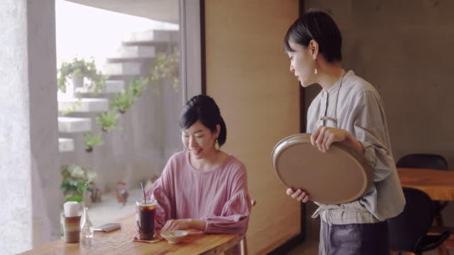 cafe - コーヒーショップ点の映像素材/bロール