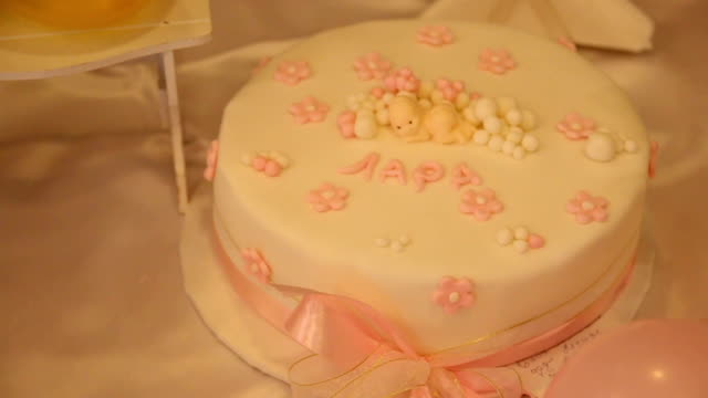 Cake for celebrate first birthday