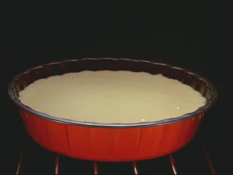 Cake rising