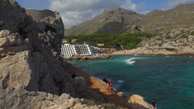 cala clara in cala san vicente, majorca, balearic islands, spain, mediterranean, europe - majorca stock videos & royalty-free footage