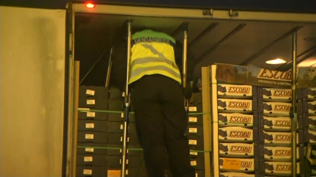 calais migrant crisis / david cameron pledges to tighten security night stationary queue of lorries traffic jam on road appraoch to port/ vox pop... - tighten stock videos and b-roll footage