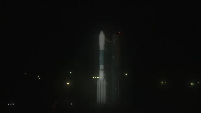 base calif a united launch alliance delta ii rocket carrying a nasa/national oceanic and atmospheric administration satellite was successfully... - launch event stock videos & royalty-free footage