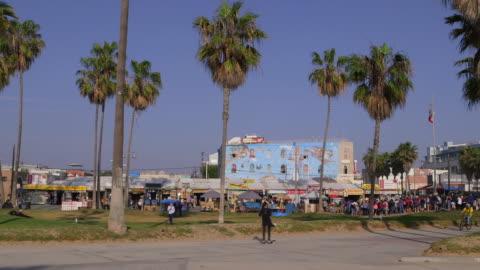 california beaches - ベニスビーチ点の映像素材/bロール