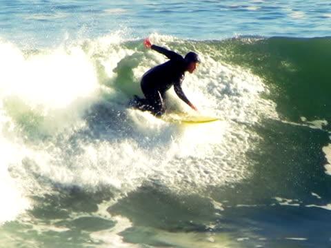 vídeos de stock, filmes e b-roll de california boogie aventura em câmera lenta - esporte de competição