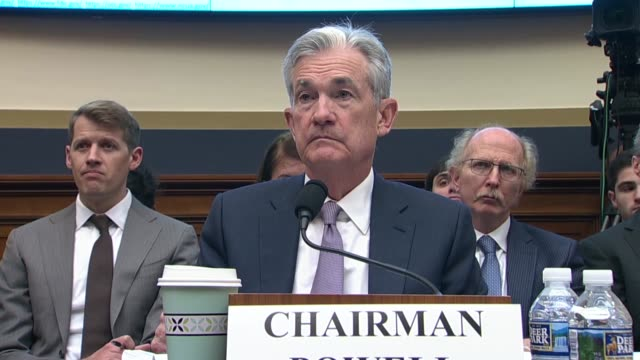 california congressman brad sherman asks federal reserve chairman jerome powell at an oversight hearing of the house financial services committee... - 制裁点の映像素材/bロール
