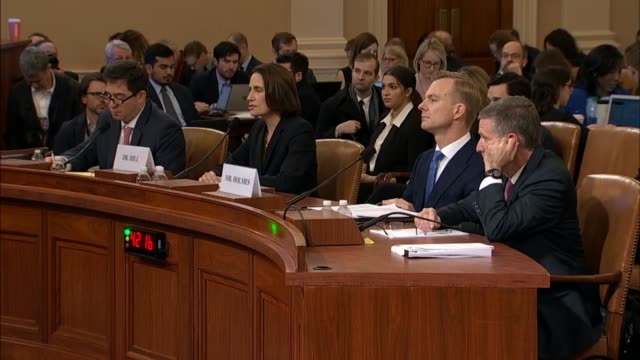 vidéos et rushes de california congressman devin nunes and witness fiona hill discuss a dossier put together by christopher steele, generated by gps fusion with a law... - politique et gouvernement