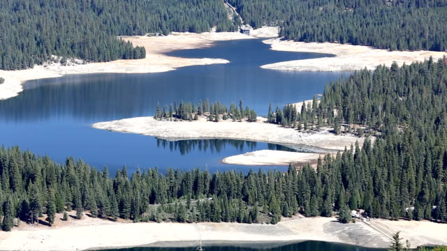 california drought - stausee stock-videos und b-roll-filmmaterial
