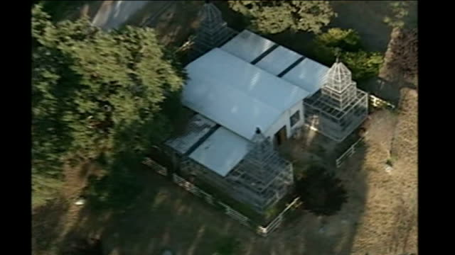 neverland ranch: ext good shots air view neverland estate in state of disrepair - ネバーランドバレーランチ点の映像素材/bロール