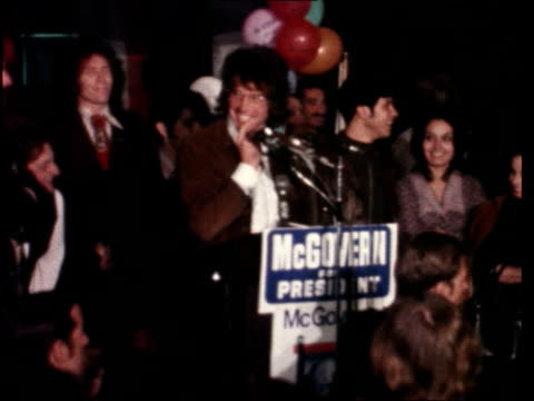 hollywood stars campaign for george mcgovern:; usa: california: los angeles: ext band performing on stage sof int warren beatty at podium gvs people... - warren beatty stock videos & royalty-free footage