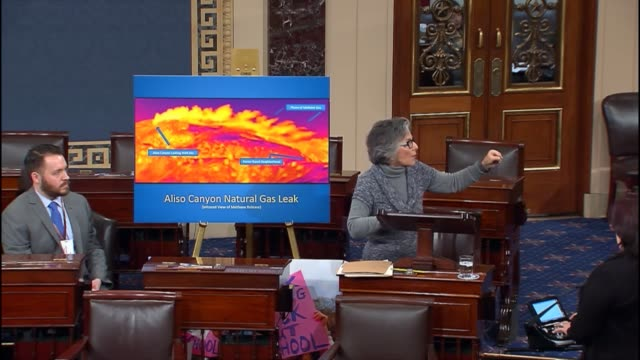 California Senator Barbara Boxer uses an infared image of a plume showing the months old gas leak in Porter Ranch near Los Angeles discussing in a...