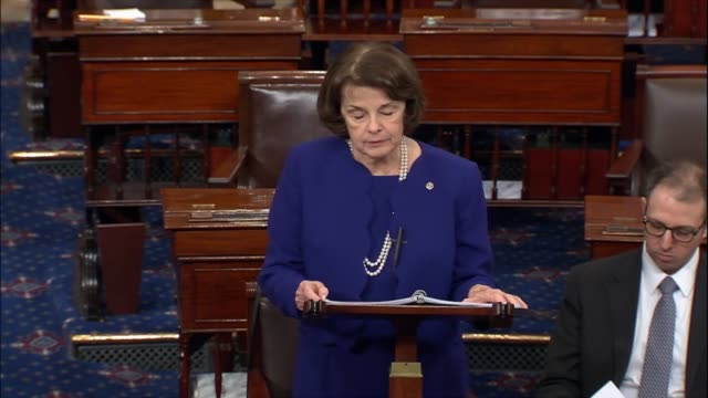 vidéos et rushes de california senator dianne feinstein ranking democrat on the senate judiciary committee opens debate after the senate voted to limit floor time on the... - turning on or off