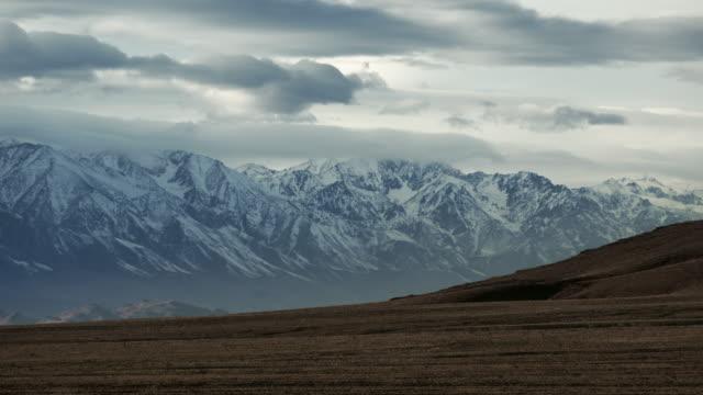 california sierra nevada road trip - californian sierra nevada stock videos & royalty-free footage
