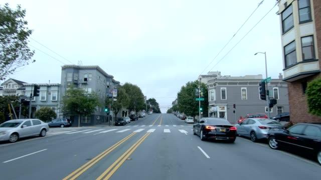 sfカリフォルニアストリートvi同期シリーズフロントビュー駆動プロセスプレート - カリフォルニアストリート点の映像素材/bロール