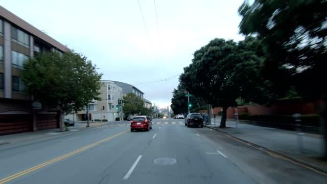 sfカリフォルニアストリートvii同期シリーズフロントビュー駆動プロセスプレート - カリフォルニアストリート点の映像素材/bロール