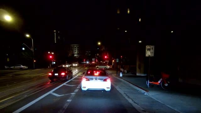 sfカリフォルニアストリートxiii同期シリーズフロントビュー駆動プロセスプレート - カリフォルニアストリート点の映像素材/bロール
