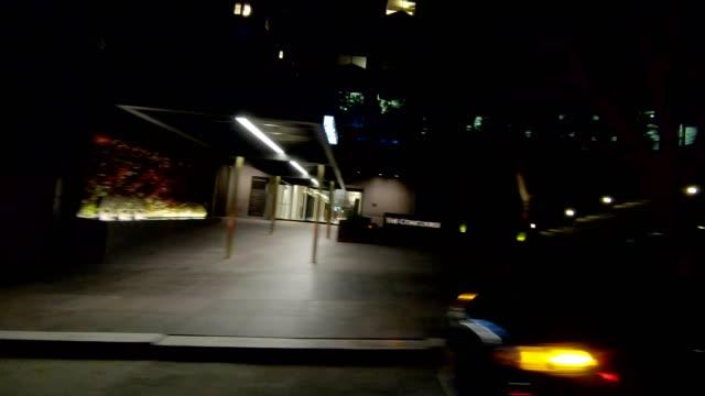 sf california street xiv synkroniserade serien höger visa körning process skylt - bakljus bildbanksvideor och videomaterial från bakom kulisserna