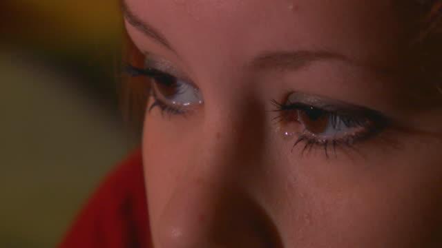 vidéos et rushes de california, yosemiteclose up of girl's face - nez humain